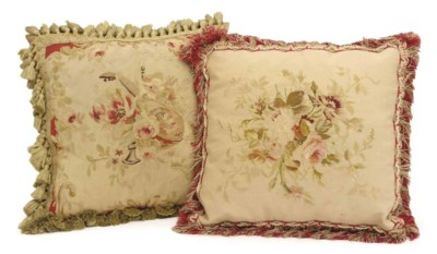 A PAIR OF FRENCH AUBUSSON TAPE