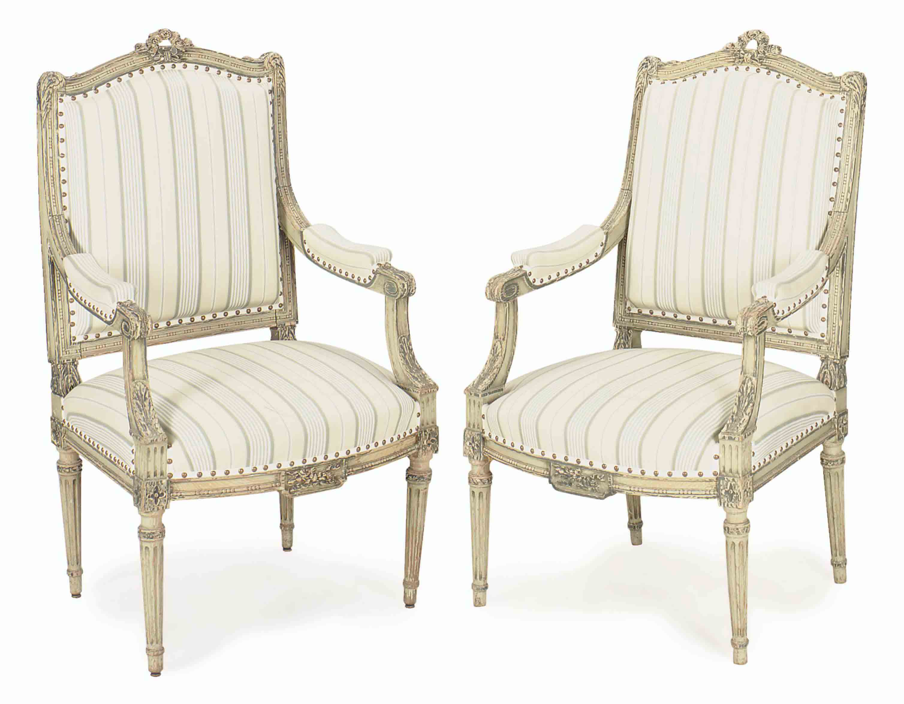A PAIR OF FRENCH BLUE AND WHITE PAINTED FAUTEUILS,