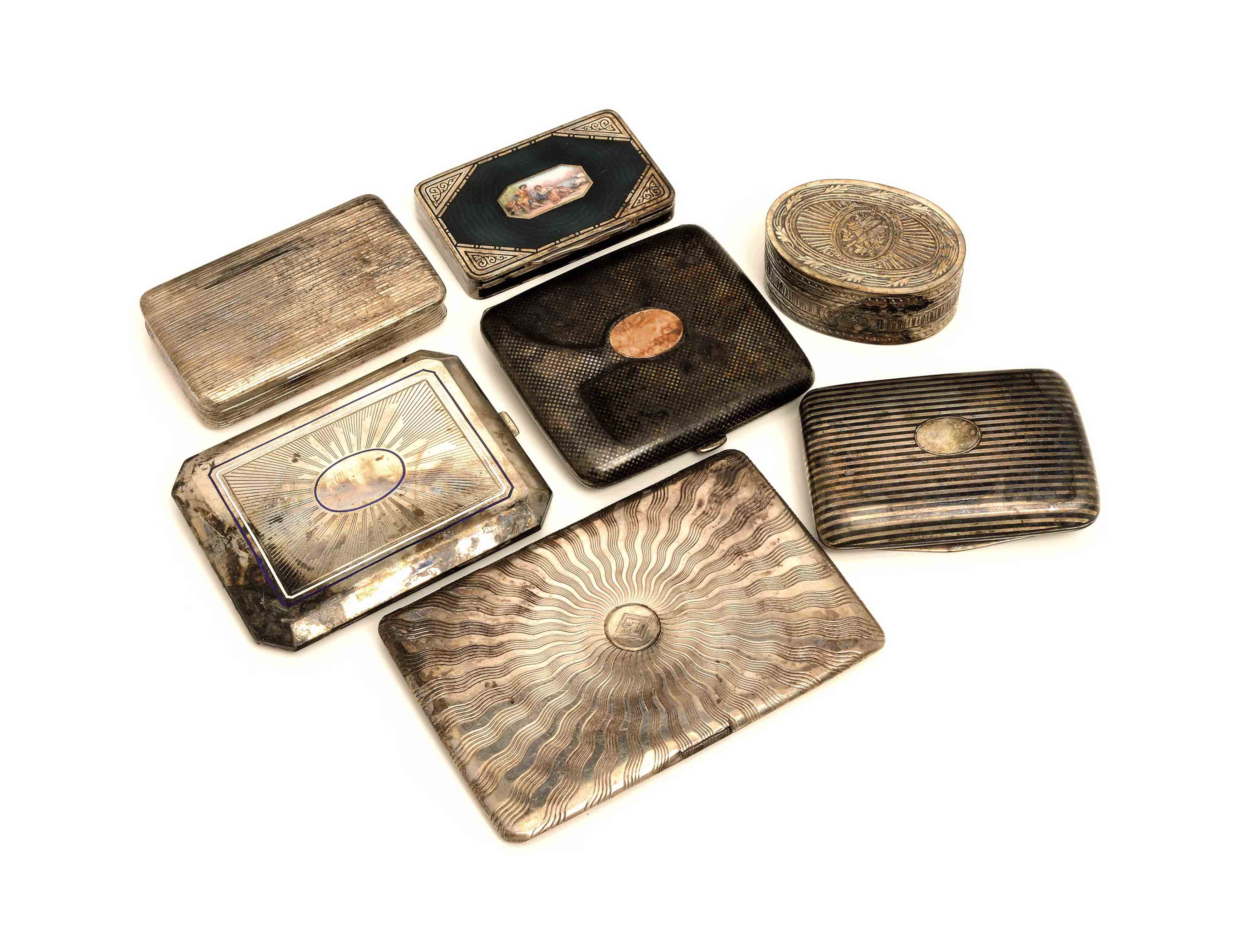 A GROUP OF SEVEN CONTINENTAL SILVER BOXES AND CASES,