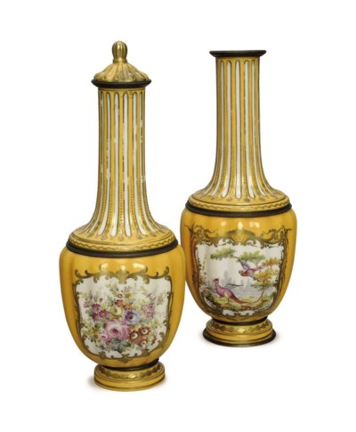 A PAIR OF SEVRES-STYLE YELLOW-