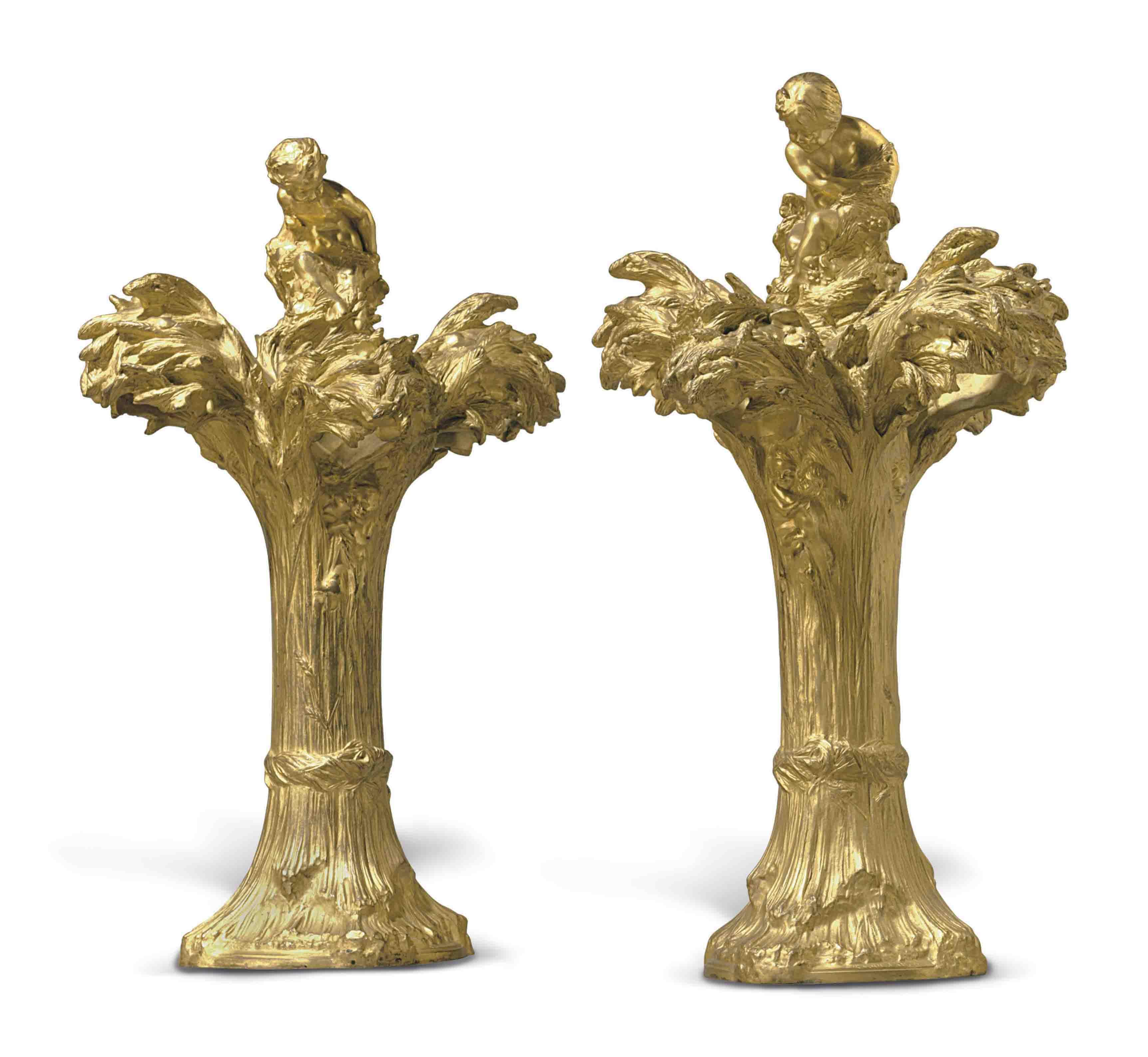 A PAIR OF FRENCH ART NOUVEAU GILT-BRONZE LAMPS