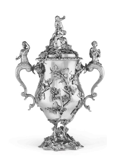 A FINE GEORGE III SILVER CUP A