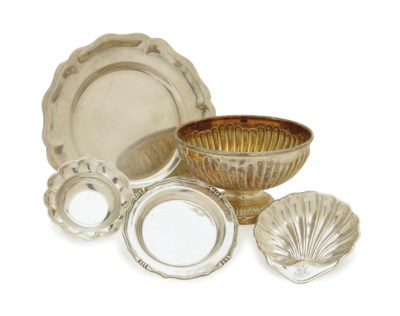 SEVENTEEN SMALL SILVER DISHES,