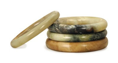 FOUR CHINESE JADE BANGLES