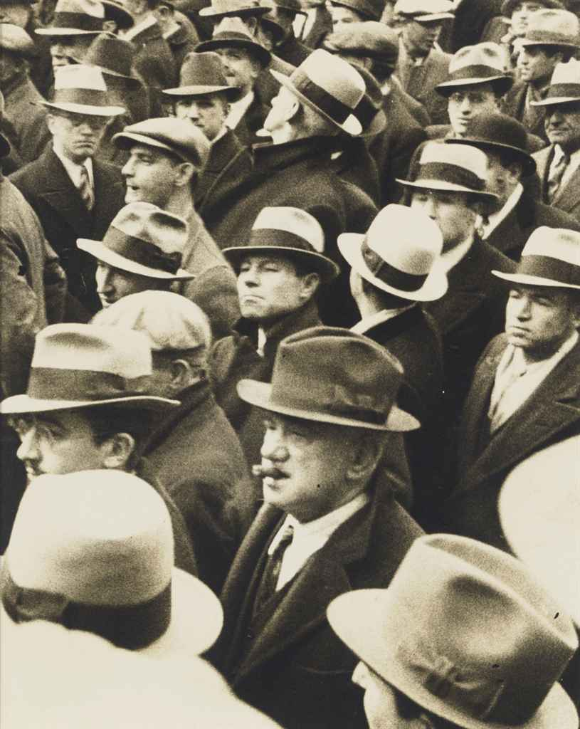 Men with Hats, Listening, 1934