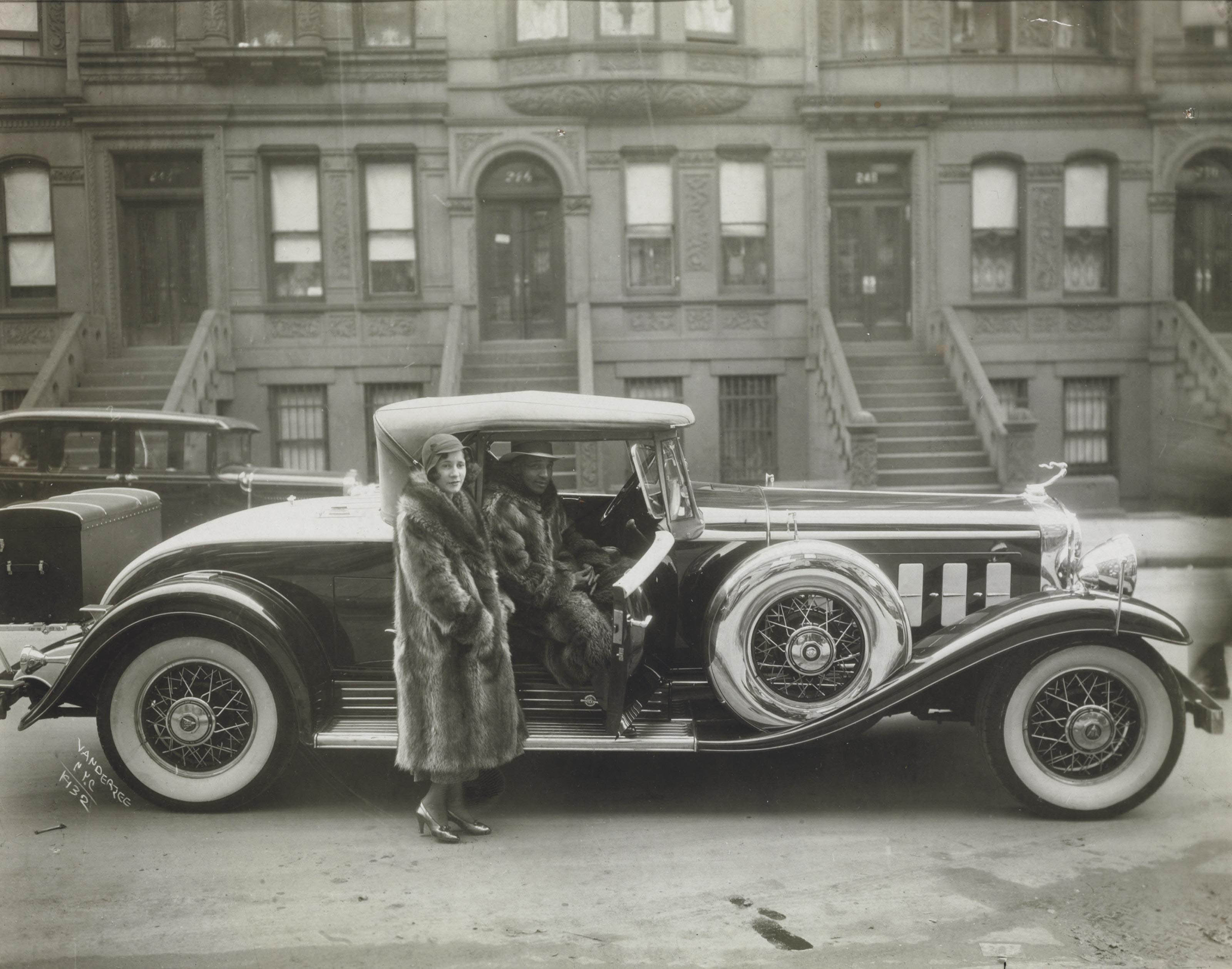 Untitled (West 127th Street, Harlem), 1932
