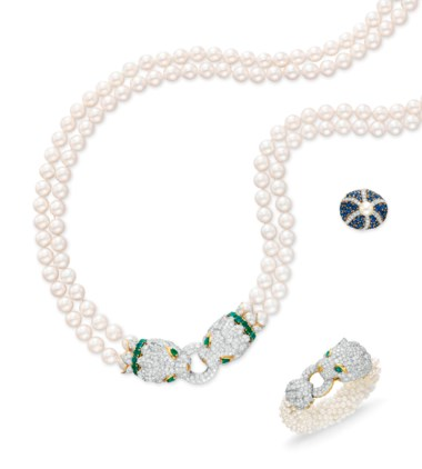A set of diamond, emerald and cultured pearl jewellery, by David Webb. Sold for $218,500 on 14 December 2011 at Christie's in New York