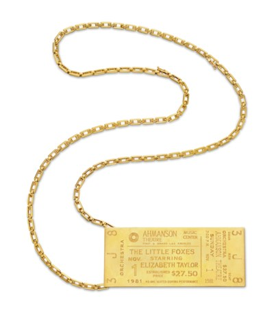 A GOLD PENDANT, BY CARTIER