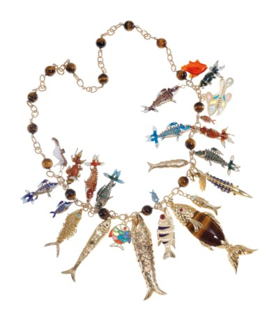 A FISH CHARM NECKLACE