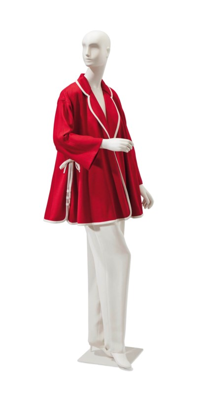 A CHRISTIAN DIOR RED KNIT SWIN