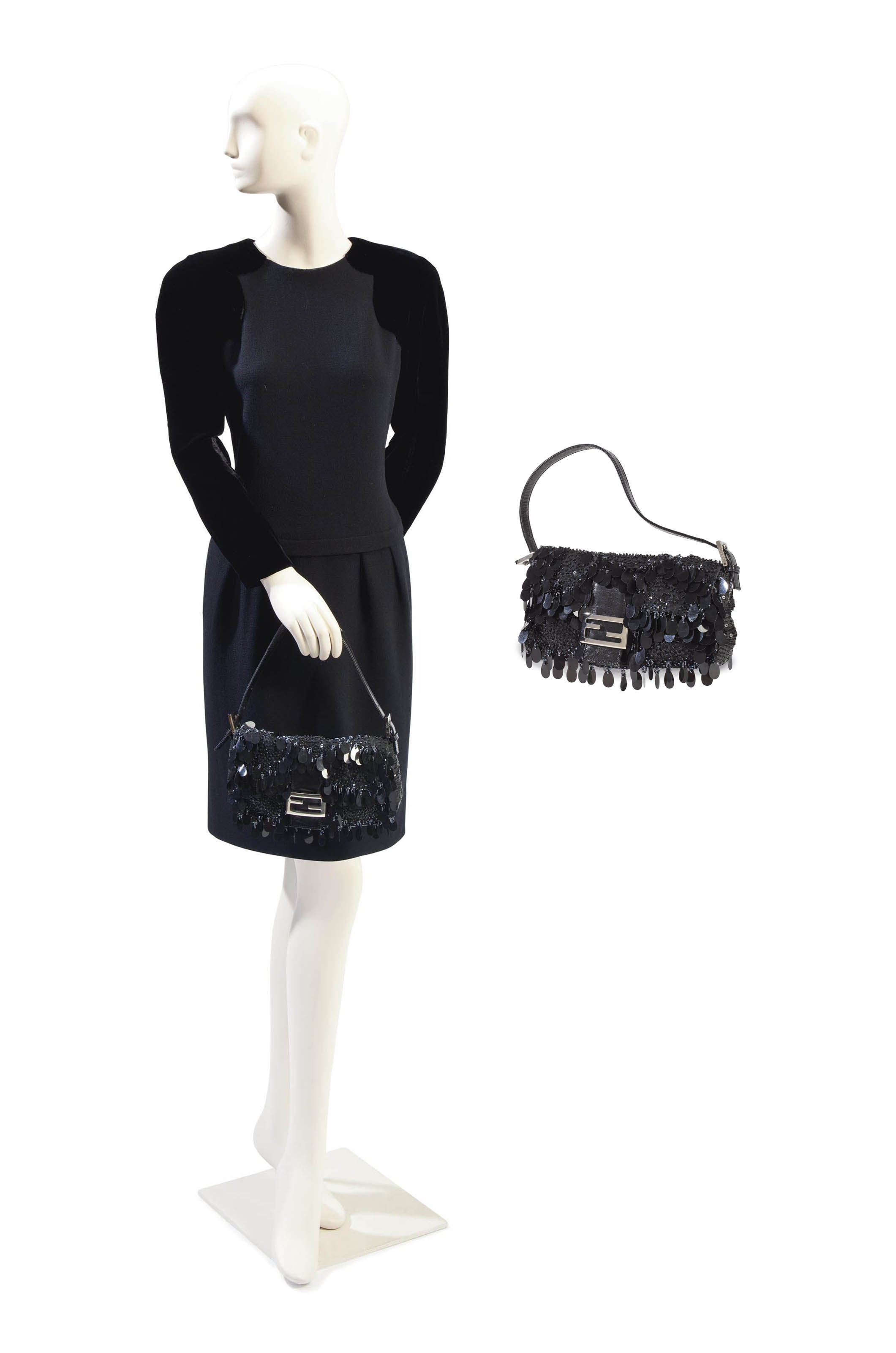 AN OSCAR DE LA RENTA BLACK VELVET AND CREPE EVENING DRESS WITH A FENDI BAGUETTE BAG