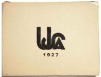 """MORAND, Paul. U.S.A. - 1927. Album de photographies lyriques. Ornementation de Pierre Legrain. Paris: Collection """"Plaisir du bibliophile"""", 1928. In-12 (165 x 123 mm). Broché (manques au dos). Tirage limité à 650 exemplaires, celui-ci hors commerce, non signé par l'éditeur et numéroté VI."""