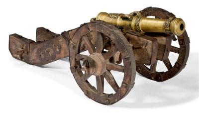 Canon en bronze de petit modèl