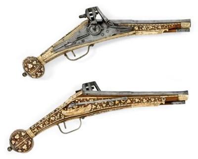 Paire de pistolets à rouet Puf