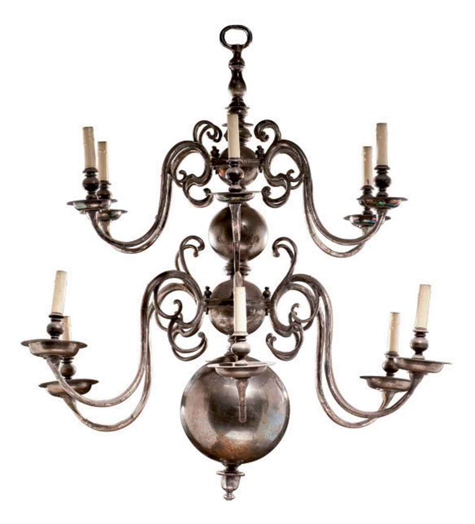 Lustre de style baroque