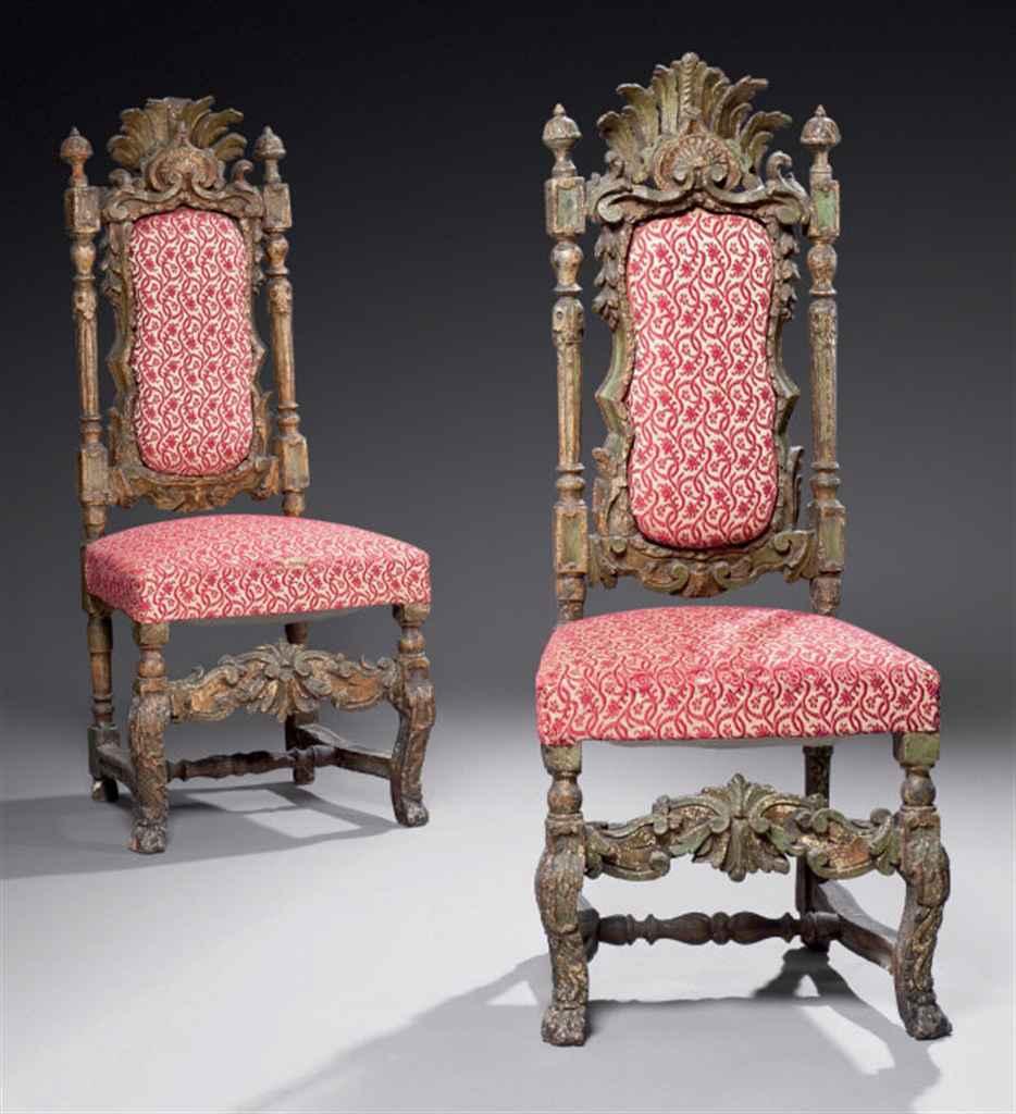 paire de chaises d 39 poque baroque travail probablement espagnol de la fin du xvii me d but du. Black Bedroom Furniture Sets. Home Design Ideas
