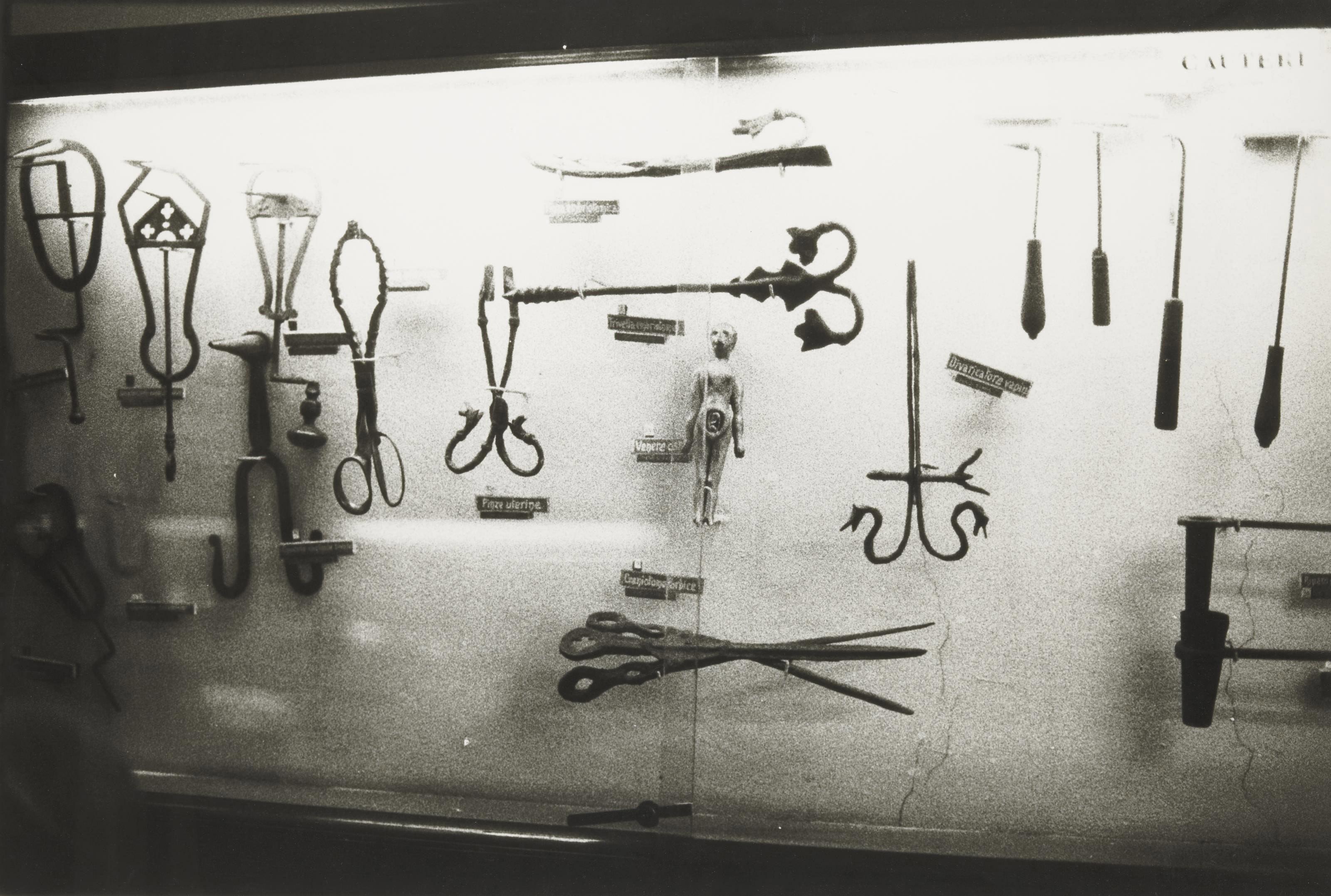 Série Instruments Gynécologiques, 1993