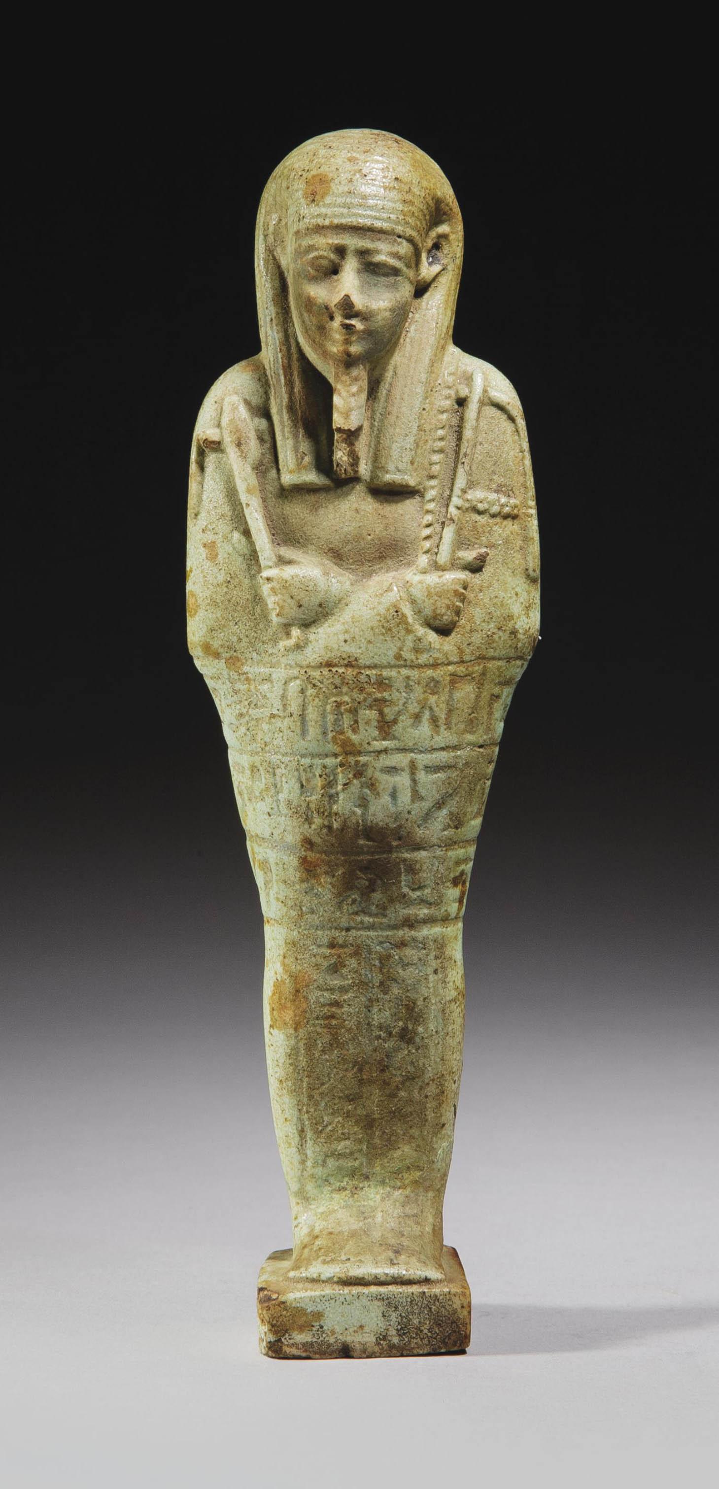 ouchebti en faience verte egypte epoque ptolemaique circa 332 30 avant j c christie 39 s. Black Bedroom Furniture Sets. Home Design Ideas