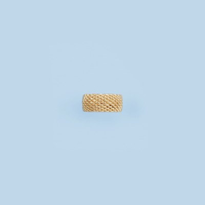 A GOLD RING, BY TIFFANY & CO.