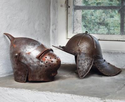 A decorative bascinet in 14th