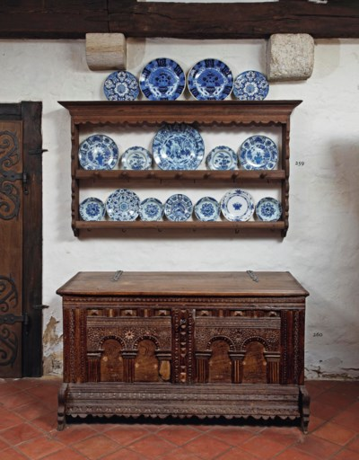 A collection of Dutch Delft bl