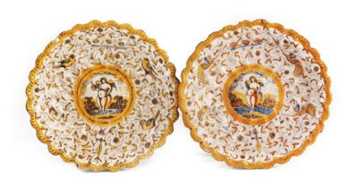 Two Haarlem maiolica dishes