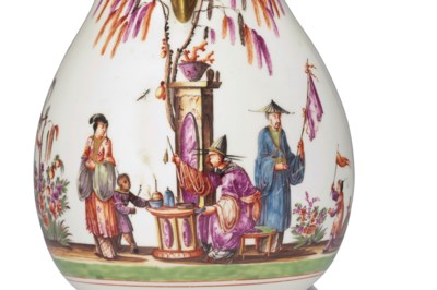 A MEISSEN BALUSTER CHINOISERIE
