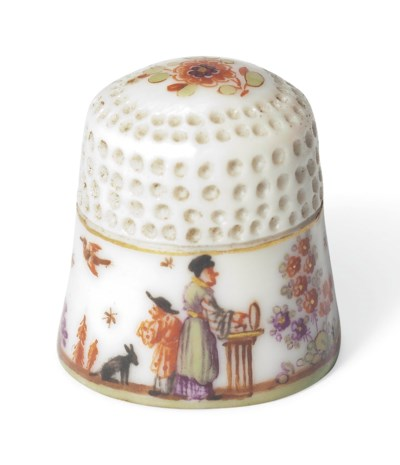 A MEISSEN CHINOISERIE THIMBLE