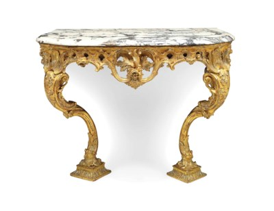A GEORGE II GILTWOOD SIDE TABL