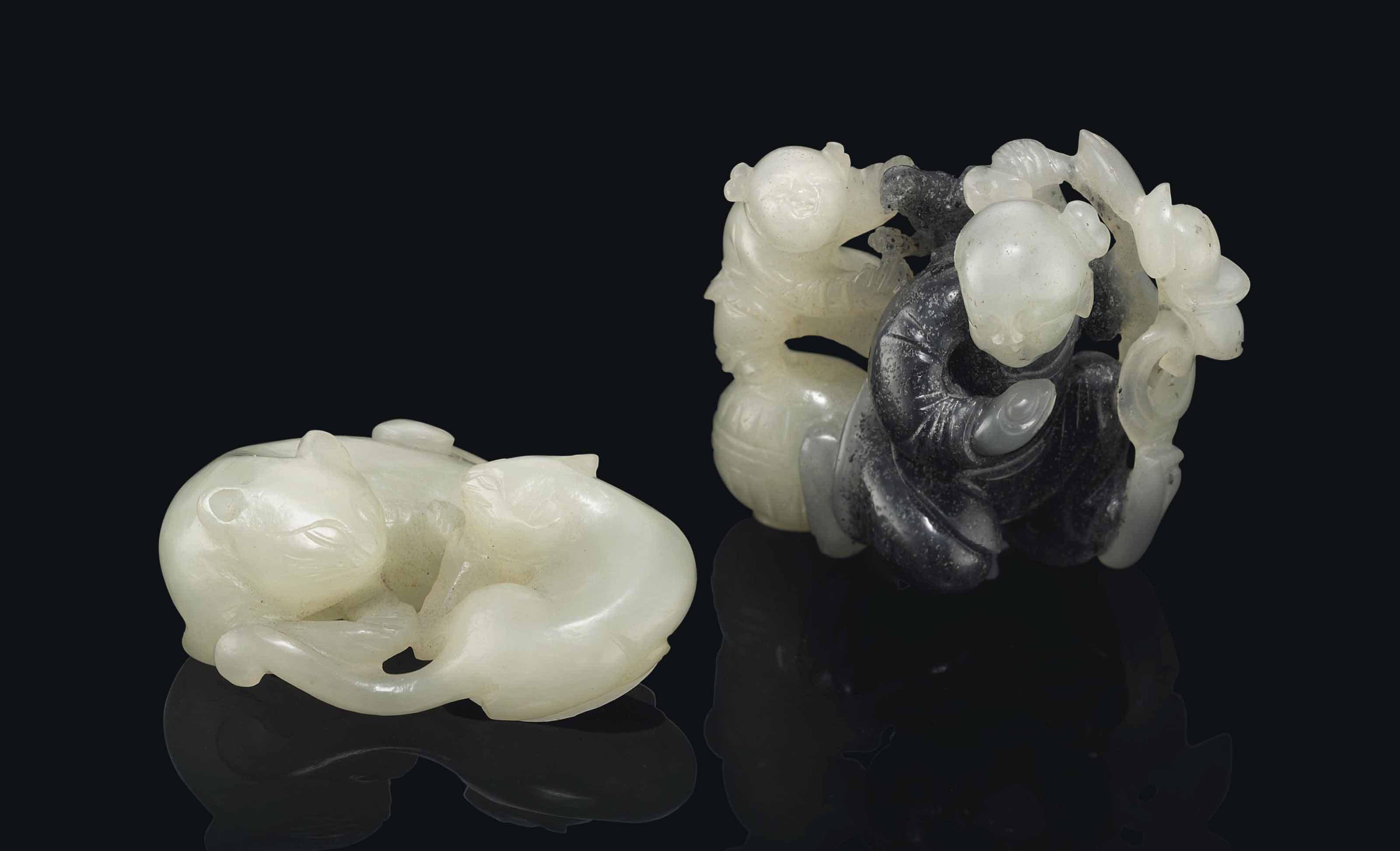 TWO SMALL CHINESE JADE CARVINGS