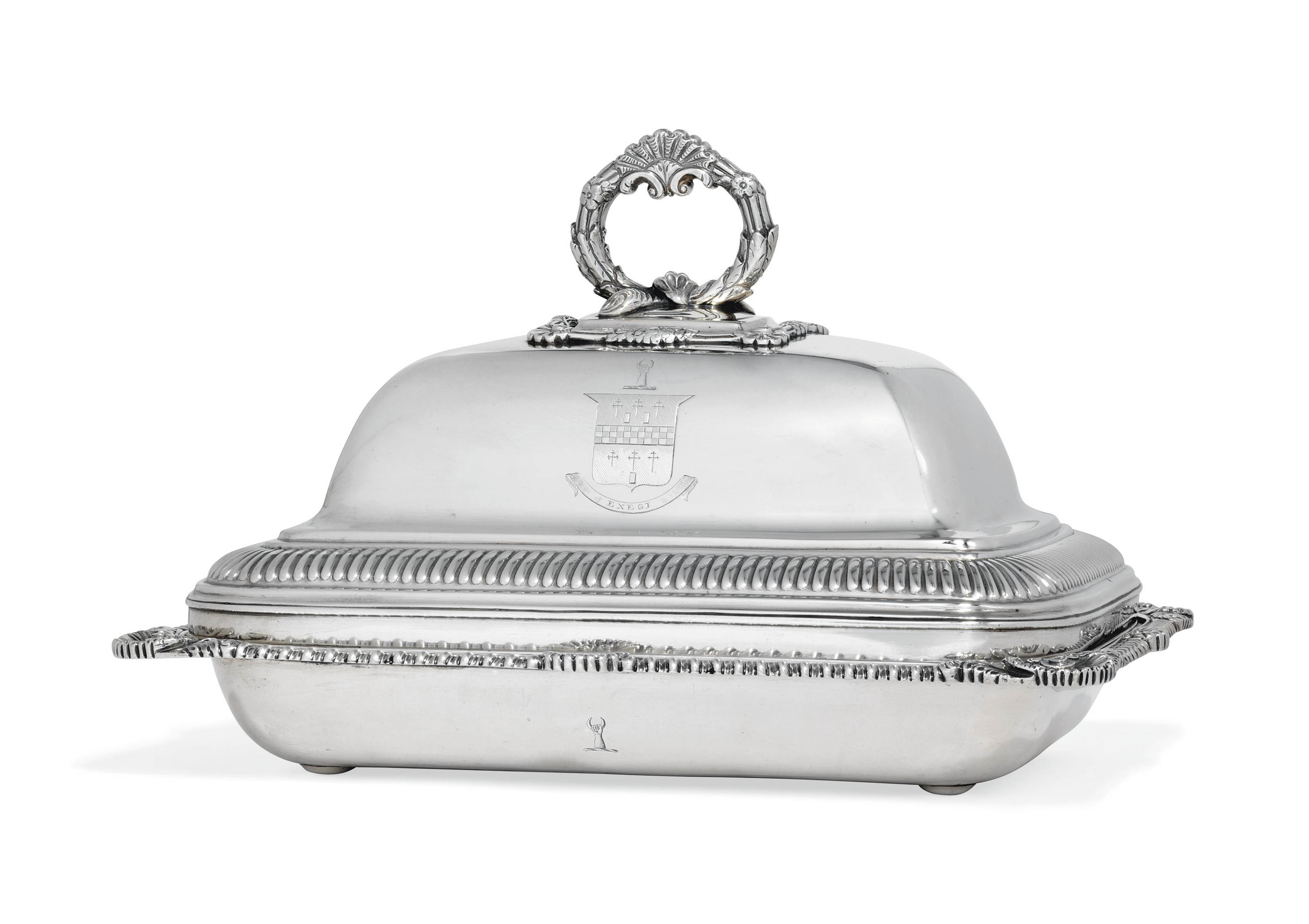 A GEORGE III IRISH SILVER ENTREE-DISH AND COVER