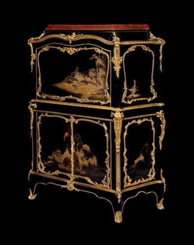 AN IMPORTANT LOUIS XV ORMOLU-M