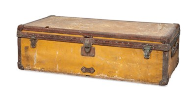A TRUNK IN YELLOW VUITTONITE C