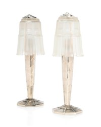 A PAIR OF ART DECO SILVERED METAL TABLE LAMPS WITH SABINO GLASS SHADES