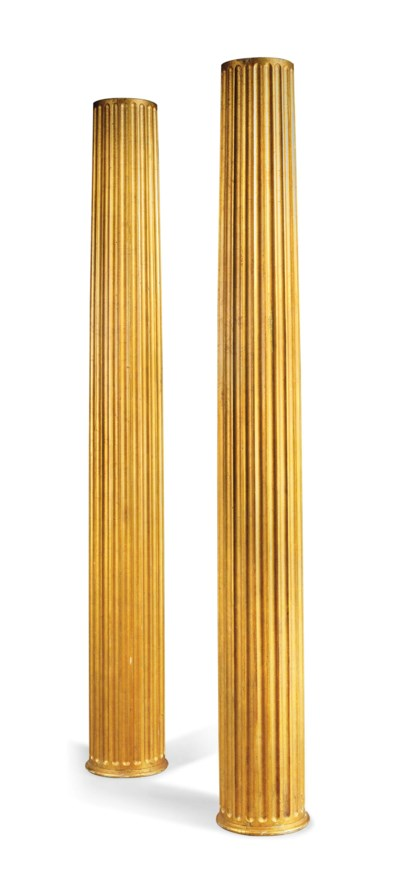 A PAIR OF GILTWOOD FLUTED COLU