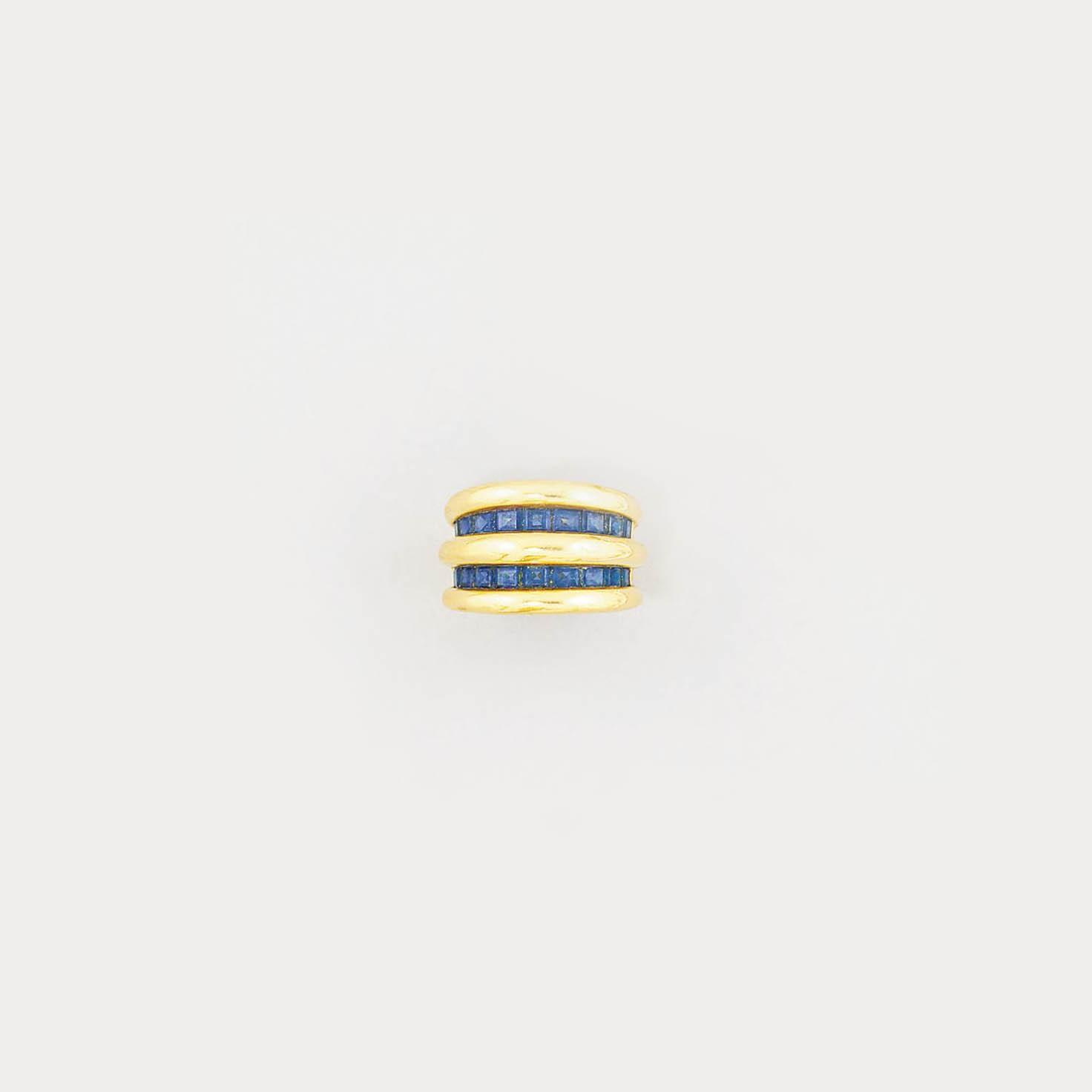 A sapphire dress ring, by O.J.