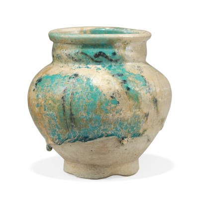 AN INTACT KASHAN POTTERY VASE