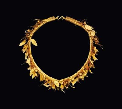 A GREEK GOLD MYRTLE WREATH