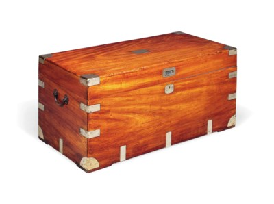 A CHINESE EXPORT CAMPHORWOOD T