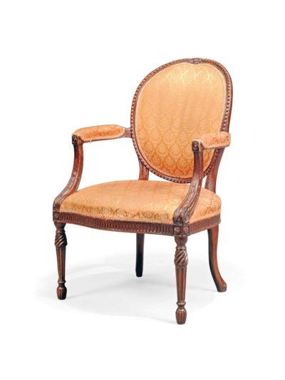 A GEORGE III MAHOGANY AND BEEC
