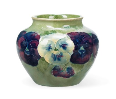 A WILLIAM MOORCROFT 'PANSY' PA