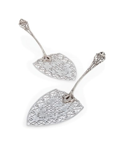 A PAIR OF MODERN SILVER FISH S