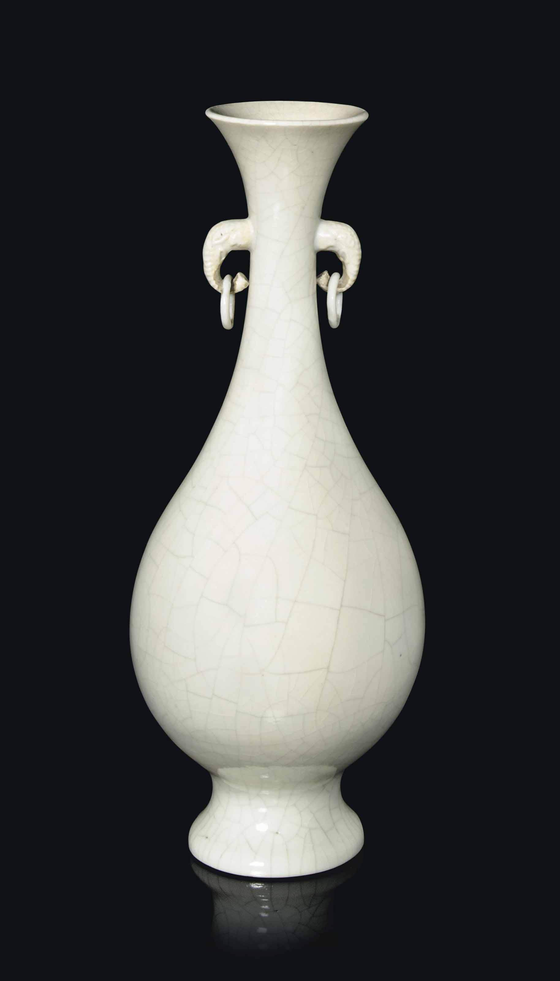 A CHINESE SOFTPASTE CRACKLE-GLAZED BOTTLE VASE