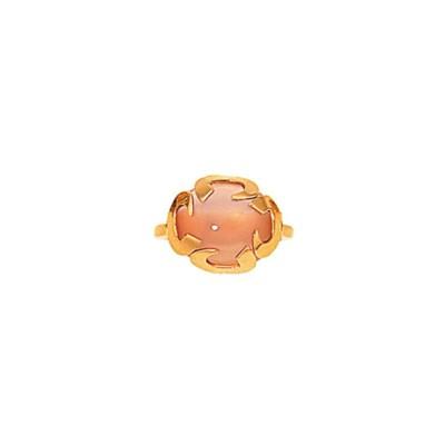 A rose quartz ring