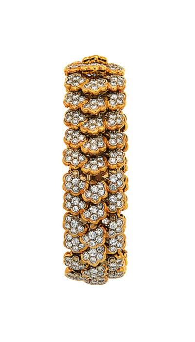 A diamond-set fancy-link brace