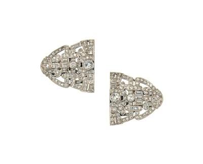 A pair of Art Deco diamond cli