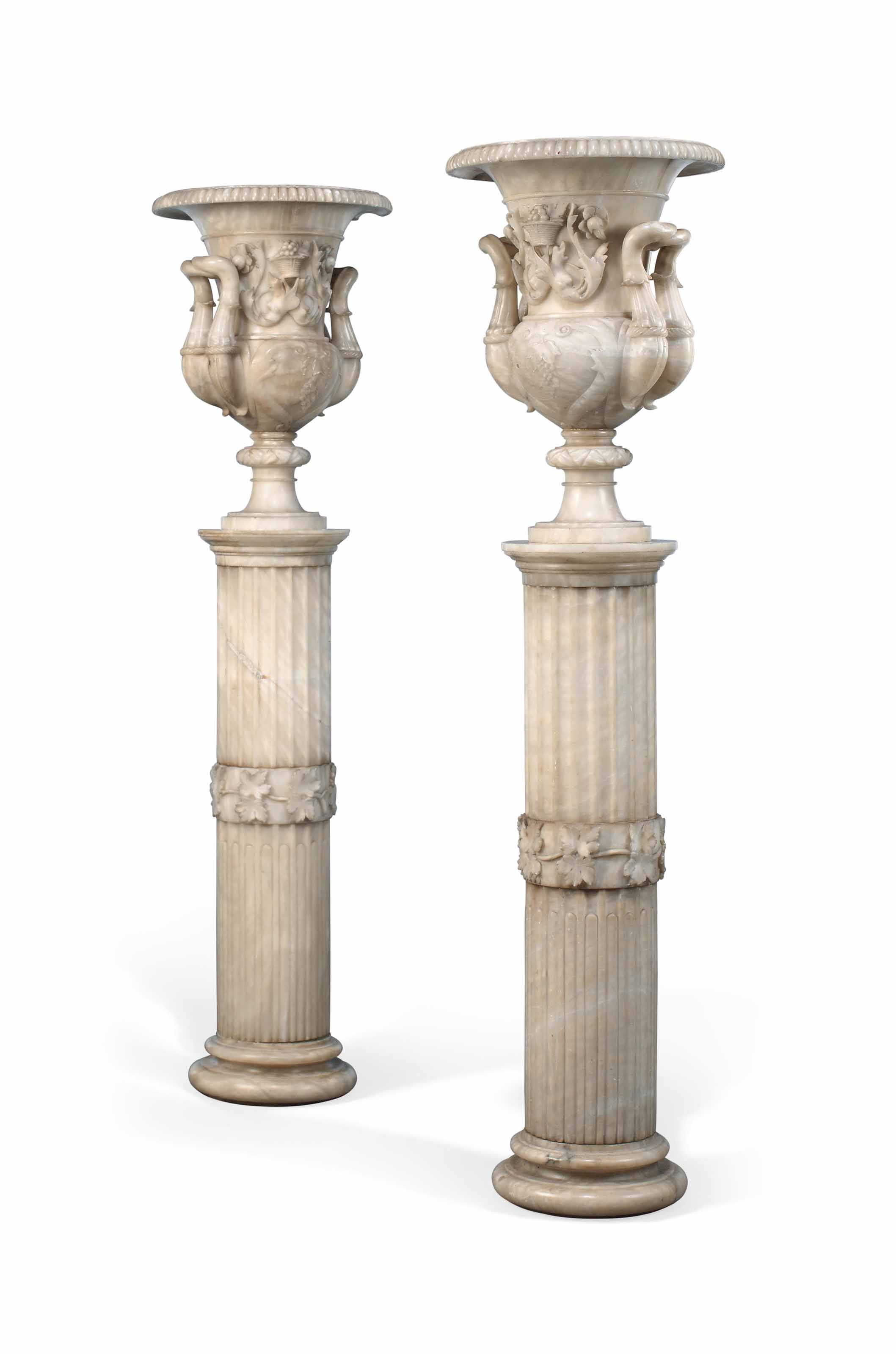 A PAIR OF ITALIAN ALABASTER CL