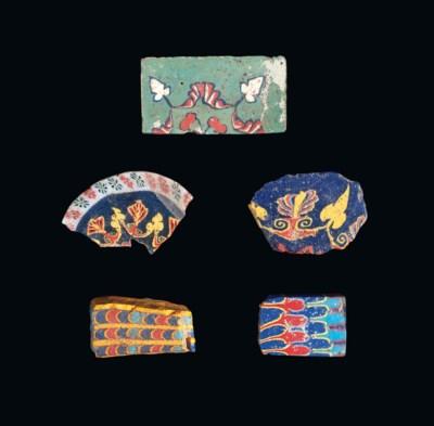 FIVE EGYPTIAN MOSAIC GLASS FRA