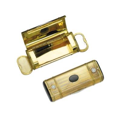 A GOLD, NEPHRITE AND DIAMOND C