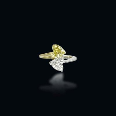 A COLOURED DIAMOND 'TOI ET MOI
